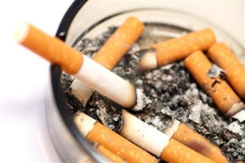 Smoking_(Small)